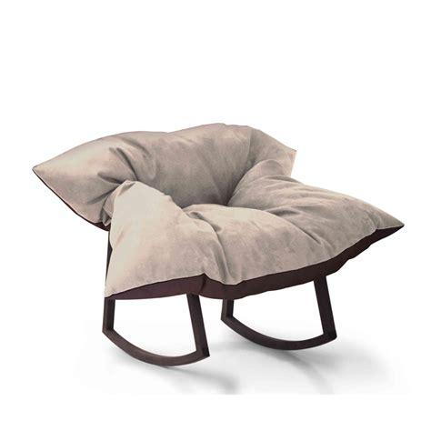 siege bascule fauteuil à bascule 20 rocking chairs qui font balancer