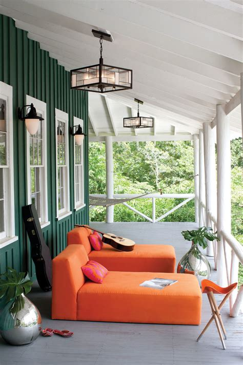 Porch Wall Decor by Summer Curb Appeal 7 Ways To Decorate Your Home S