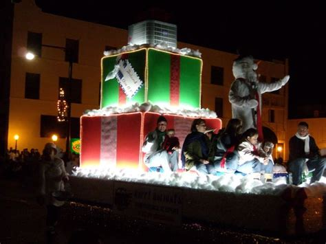 st prize float holiday parade news deland fl