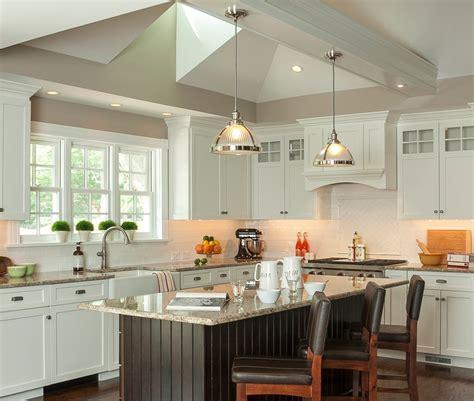 repeindre cuisine en gris cuisine repeindre meuble cuisine bois avec gris couleur