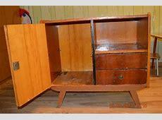 Otecko našiel doma starú komodu a vyrobil z nej pre dcérku