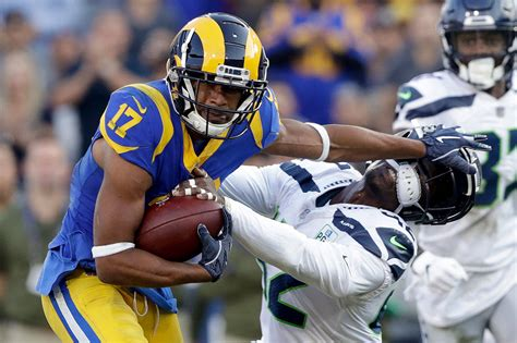 grading  seahawks   loss   los angeles rams