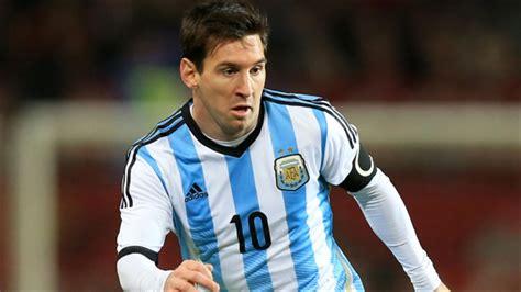 Lionel Messi back in Argentina squad for Chile clash ...