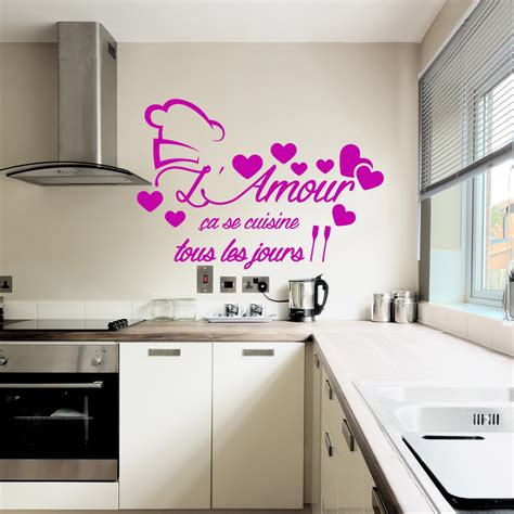 stickers muraux cuisine sticker citation l 39 amour ça se cuisine stickers