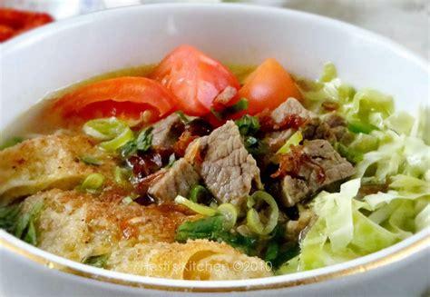 Sesuai namanya, soto babat dibuat dari babat, daging yang berasal dari lambung sapi. Resep Cara Membuat Soto Babat Sapi - Kumpulan Resep