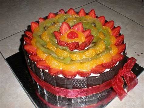 cakes decorated with fruit olympus digital trendy mods