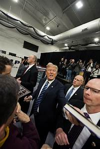 On a assisté à un meeting de Donald Trump | La Péniche