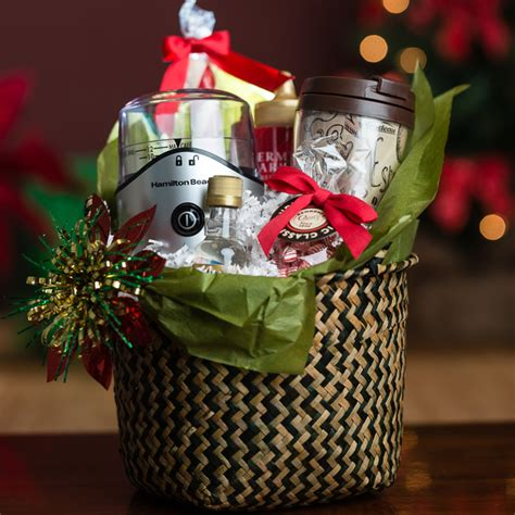 Give the perfect gift for the gourmet coffee lover on the receiving end of your generosity. DIY Holiday: How to Make Gift Sets for Coffee Lovers ...