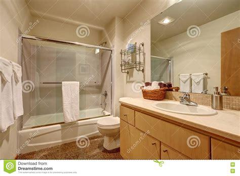 Interno Americane by Interno Tradizionale Bagno In Casa Americana Immagine