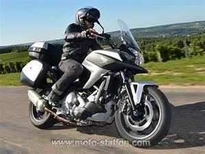 Moto Honda Automatique : essai gamme honda dct les secrets du double embrayage des vfr 1200 et nc 700 motostation ~ Medecine-chirurgie-esthetiques.com Avis de Voitures