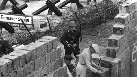 tear away wiping the wall away before and after photos of germany 39 s