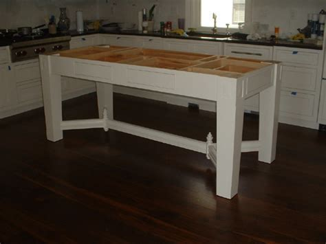 Free Standing Kitchen Island   FineWoodworking