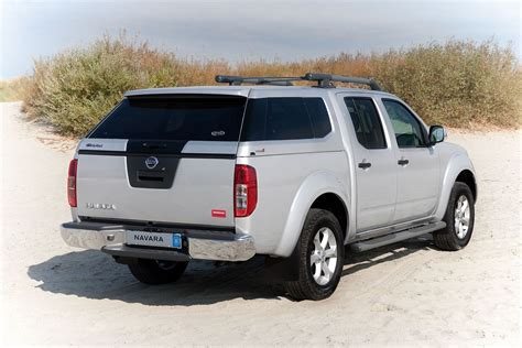nissan navara hardtop nissan navara d40 hardtop canopy alpha type e top with central locking ebay