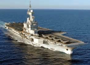 porte avion de gaulle le porte avions charles de gaulle en mission mer et marine