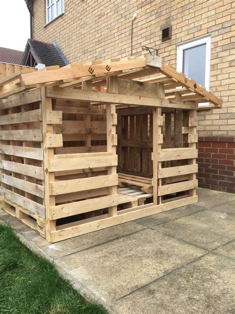 pallet house pallet house outdoor pallet projects