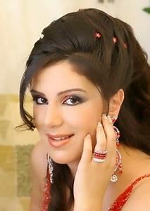 Pakistani Fashion Latest Hairstyle Makeup For Eid Ul