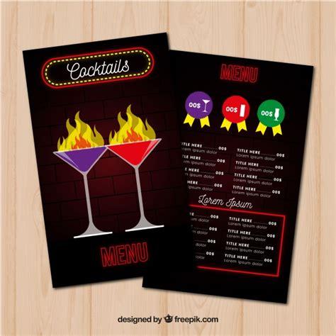 Fertige cocktailkarte zum kopieren : Schwarze cocktailkarte vorlage   Kostenlose Vektor