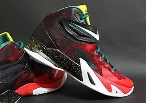 "Nike Zoom LeBron Soldier 8 ""Christmas"" - SneakerNews.com"