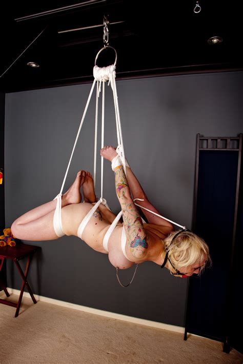 File:Hogtie suspension bondage.jpg - Wikimedia Commons