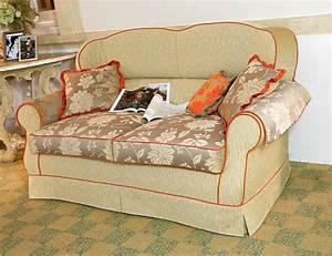 Sofa Für Wohnzimmer : klassischen stil sofa f r wohnzimmer idfdesign ~ Sanjose-hotels-ca.com Haus und Dekorationen