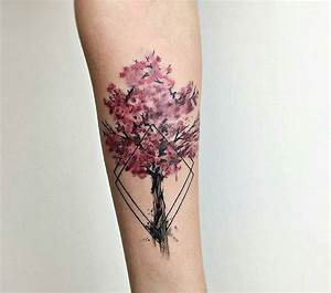 Cerisier Japonais Tatouage Un Tatouage De Branche De Cerisier 23