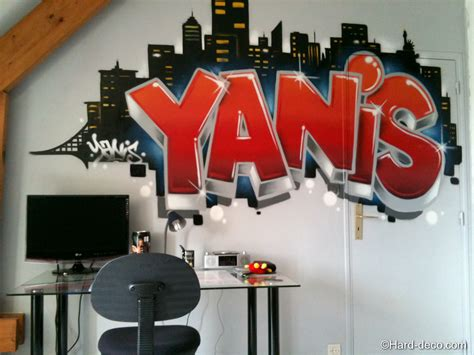 georges bureau graffiti yanis à york deco