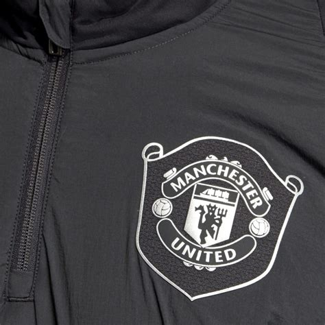 The official manchester united website with news, fixtures, videos, tickets, live match coverage, match highlights, player profiles, transfers, shop and more. Manchester United UCL training technical tracksuit 2019/20 ...