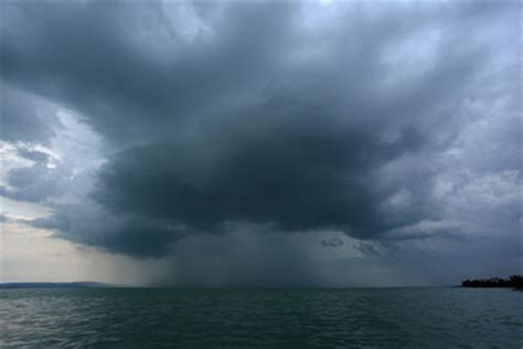 warmer oceans stronger hurricanes yale climate connections