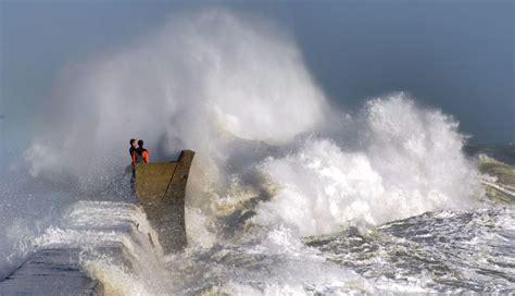 en images temp 234 te vent fort et grosses vagues dans le