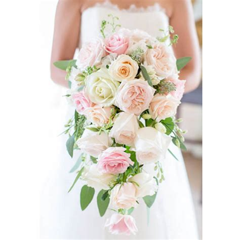 The Most Incredible Cascading Wedding Bouquets Uk