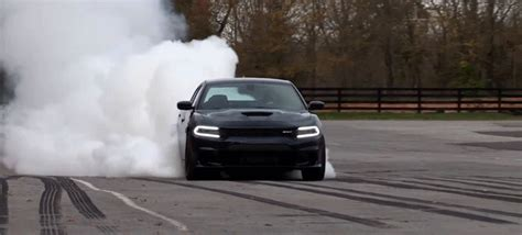 Dodge Charger Hellcat Burnouts by Some Charger Hellcat Burnouts Will Make Your