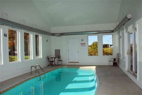 year  private indoor swim poolhot tubfree golfmini