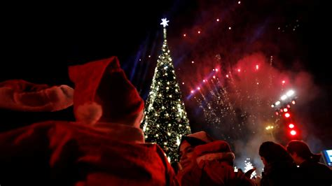 el mundo celebra la navidad y as 237 es como lo hace noreste