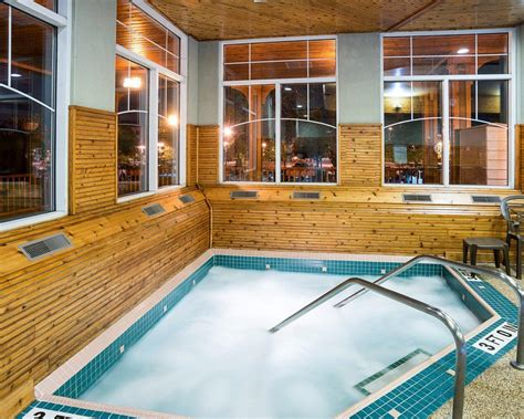 comfort suites canal park comfort suites canal park in duluth mn whitepages