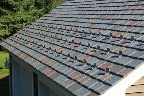 Colorful Vineyard MultiWidth Slate Roof Accents Maine