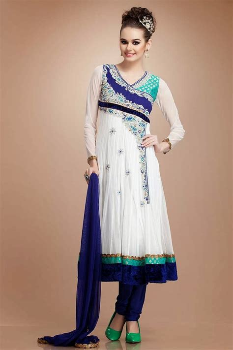 Latest Eid Party Wear Fashion in Pakistan | Pakistani Party Wear Fashion for Eid - Clothing9Store.pk