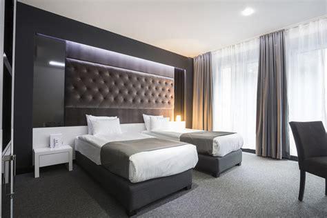 chambre d hotel moderne evier cuisine marbre