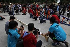 Students 'Keep It Moving' for Contest at JPL | NASA