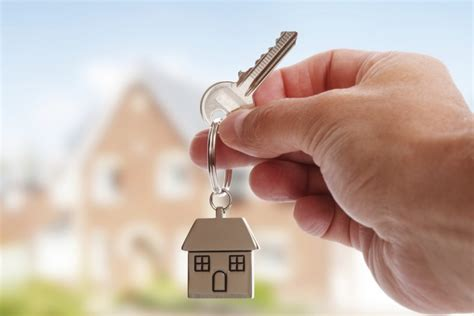 The Waiting Game of Buying and Selling Property