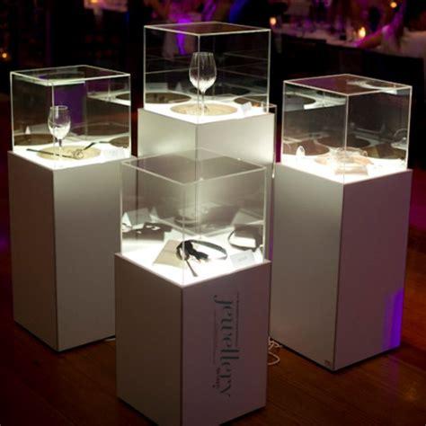 custom jewellery plinths