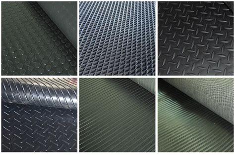 tapis de garage en caoutchouc 28 images tapis pour garage tapis garage sur enperdresonlapin