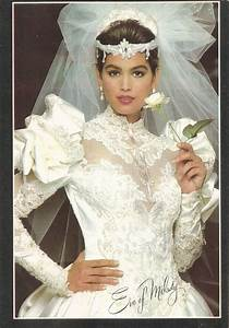 1919 best beauty mark images on pinterest cindy crawford With resell wedding dress