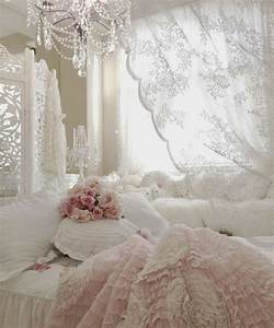 33 Sweet Shabby Chic Bedroom Décor Ideas