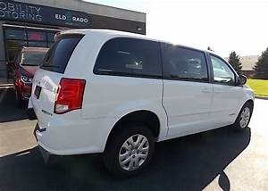 2017 Dodge Grand Caravan Se With New Freedom Rear Entry