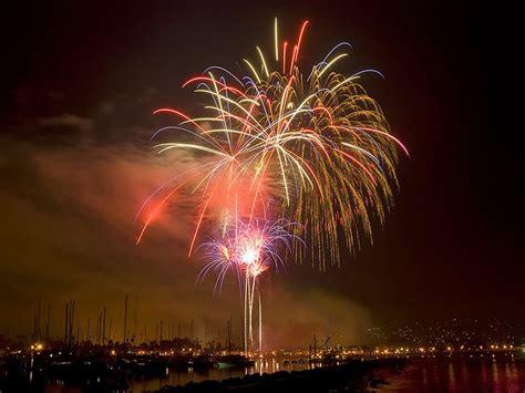 Santa Barbara Parade Of Lights by Things To Do In December In Santa Barbara Ca Events