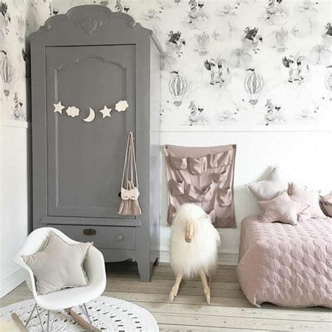relooker chaise en bois 1001 idées pour relooker une armoire ancienne
