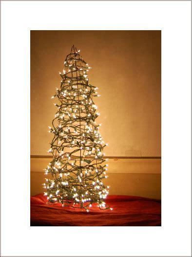 alt christmas trees   string lights