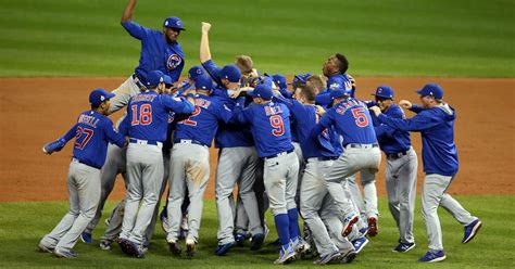 cubs win thrilling game    innings   world