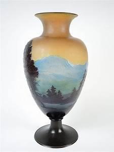 Grand Vase En Verre : galle grand vase en verre d cor grav en cam e l 39 acide ~ Teatrodelosmanantiales.com Idées de Décoration