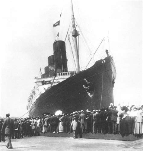 september 13 1907 lusitania docked at pier 54 in new